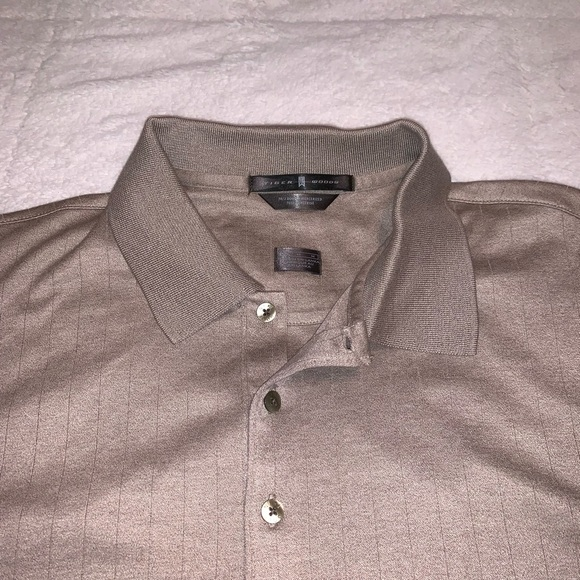 Nike Other - TIGER WOODS - golf shirt